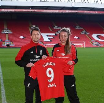 Liverpool Ladies FC presenta sus nuevos fichajes: Caroline Weir y Emma Lundh