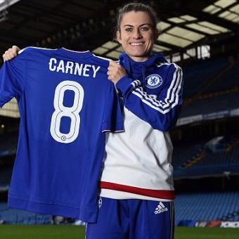 Karen Carney se convierte en nueva jugadora del Chelsea Ladies FC