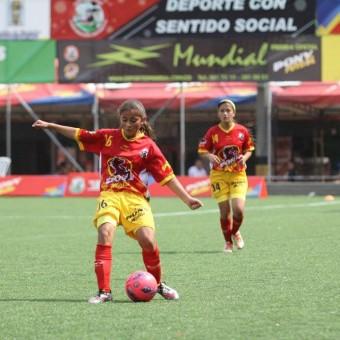 Aurora II de Bogotá gana su segundo título en el PonyFútbol Femenino