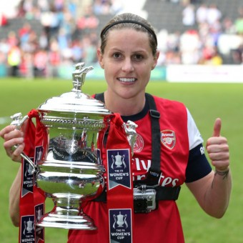 Kelly Smith renueva su vínculo con Arsenal Ladies