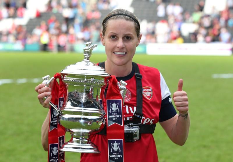 Kelly Smith renueva su vínculo con Arsenal Ladies