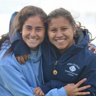 Las Peques De La Selección Colombia Mayores Femenina