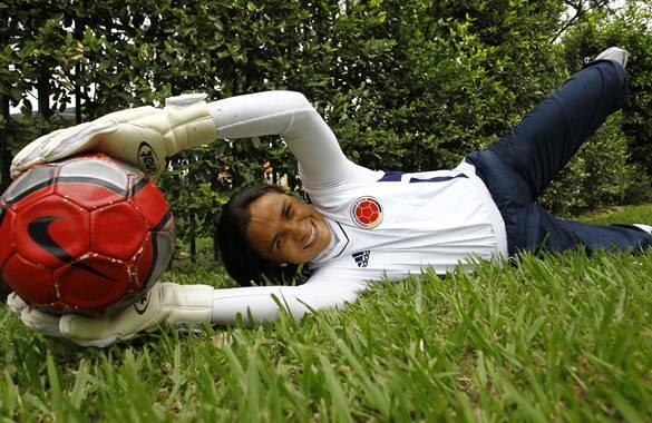 Cali Colombia 16 de Junio de 2011 Yineth Varón portera selección Colombia femenino mayores. Crédito: CEET Fotógrafo: Santiago Saldarriaga