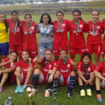 Club Deportivo Jairo Castro, semillero del fútbol femenino en Risaralda