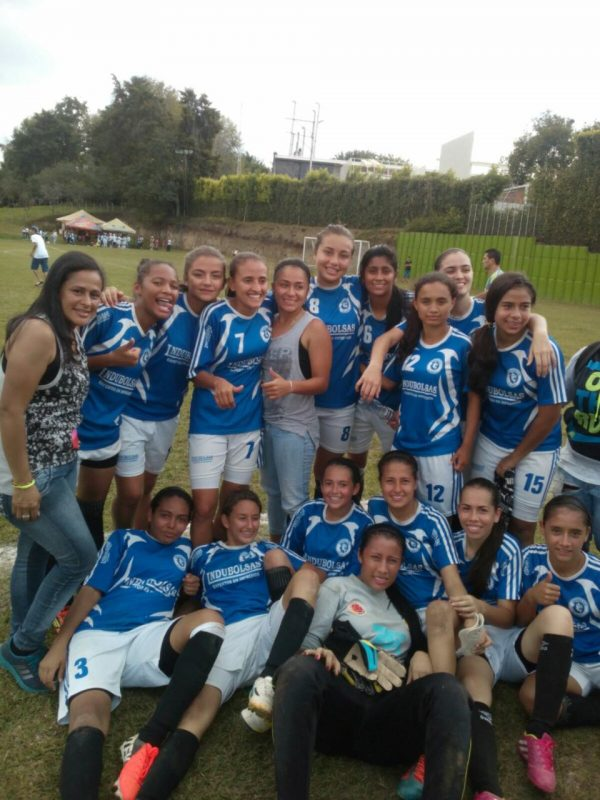 cd-jairo-castro-pereira-futbol-femenino (3)