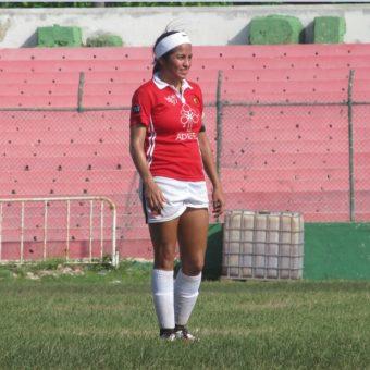 """""""Del fútbol aprendí a respetar a cada persona como es y a disfrutar desde lo más sencillo hasta lo más lujoso"""" Dayana Acosta delantera de Excolcar."""