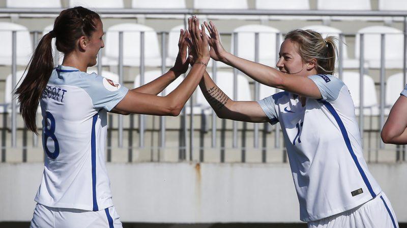 Inglaterra y Noruega clasificaron a la Eurocopa