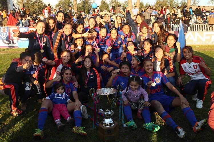 Universidad de Chile se corona campeona del Apertura Femenino chileno