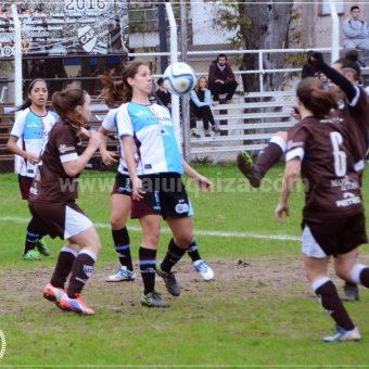 UAI Urquiza acaricia el título del Torneo Femenino argentino