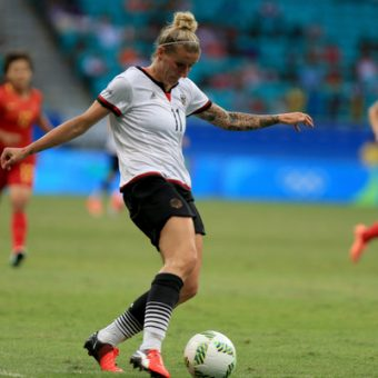 Anja Mittag retorna a Alemania para unirse a Wolfsburgo
