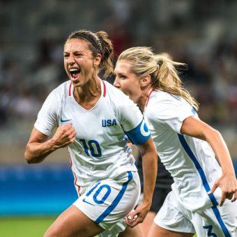 Las favoritas iniciaron con autoridad su debut en Rio 2016