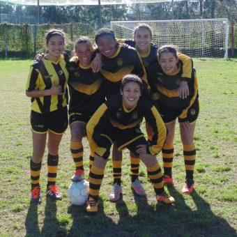 Peñarol hace historia en el fútbol femenino uruguayo