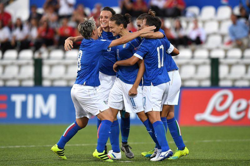 Italia, Austria, Rusia y Dinamarca certificaron su acceso a la Eurocopa, Portugal y Rumanía definirán el último cupo