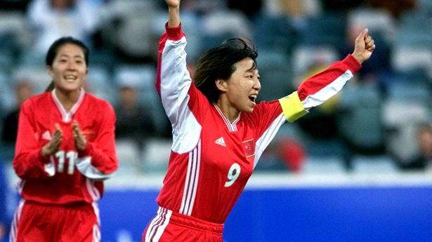 Sun Wen ingresa al Salón de la Fama del Fútbol en México