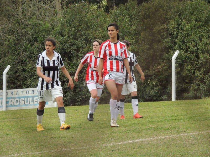 En el fútbol uruguayo la lucha del segundo puesto al rojo vivo
