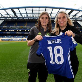 Maren Mjelde fue presentada como primer refuerzo del Chelsea para el 2017