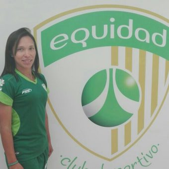 """Entrevista con Carolina Melo capitana de las aseguradoras: """"Equidad es un equipo joven, pero tenemos garra y corazón""""."""