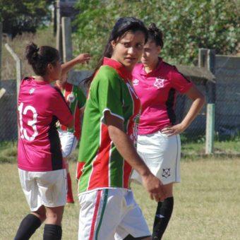 El fútbol charrúa dio el puntapié inicial
