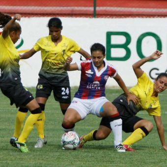 """""""Cada día se lucha por mejorar y ganar o sostener la titularidad"""", Paula Pastrana jugadora del Unión Magdalena."""