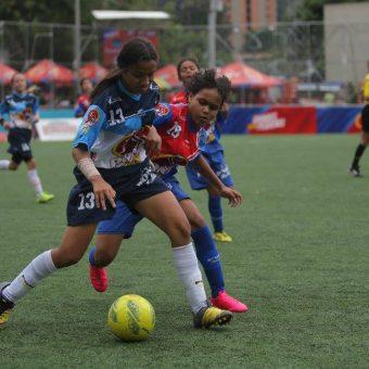 CONMEBOL presenta la primera Liga de Desarrollo de Fútbol Femenino